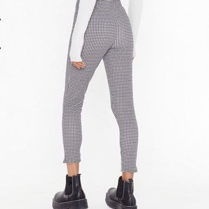 Nasty Gal Pants & Jumpsuits - Nasty Gal Houndstooth Legging Pants